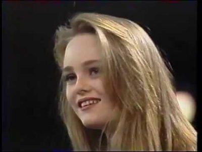 Vanessa Paradis récompensée pour la meilleure nouvelle actrice @ Les Césars, 4 mars 90