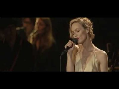 VANESSA PARADIS - La Chanson Des Vieux Cons (Песня Старых Дураков)